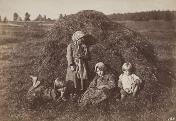 ФОТО Крестьянские дети, 1860-е.jpg