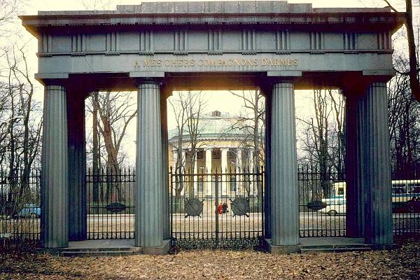 Царскосельские ворота Стасова.