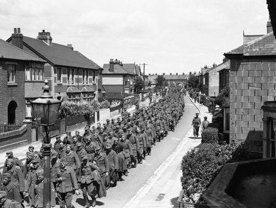 Немецкие пленные в Англии, 1944.