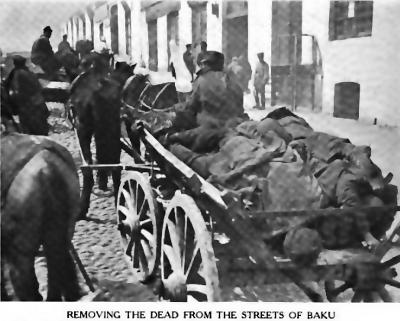 Очистка улиц Баку от убитых. Март 1918.png