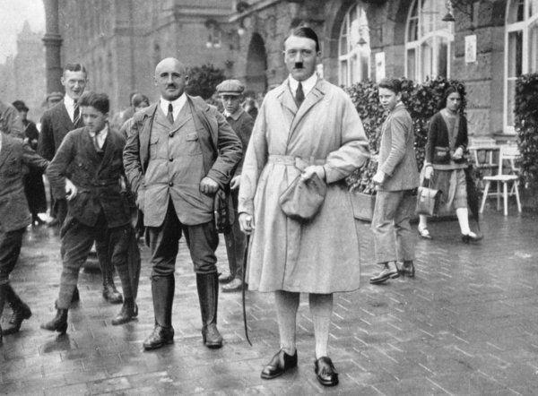 фото 3 Штреи?хер и Гитлер в Нюрнберге, 1923 год.jpg