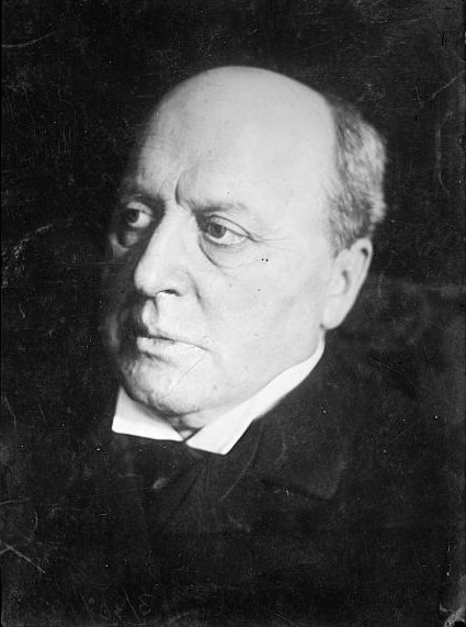 a description of henry james born in new york in 1843 Henry james (hereafter hj) was born on 15 april 1843 at 21 washington place in new york city he was a grandson of the strict presbyterian william james of albany (d 1832), an irish immigrant who amassed a large fortune ($1,300,000 and much land), but also a son of henry james `senior' (1811-82), fifth of a generation of eleven children.