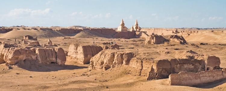 Раскопки в Хара-Хото. <br>