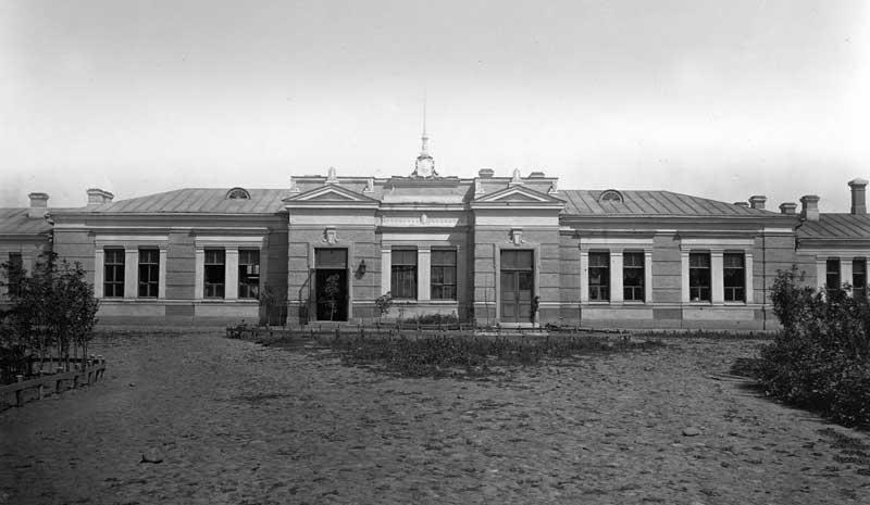 Здание вокзала ст. Кавказская, 1875г.