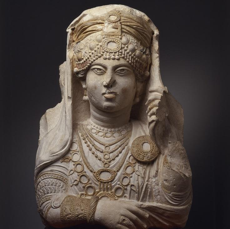 фото 1 Скульптурный портерт царицы Зенобии.jpg