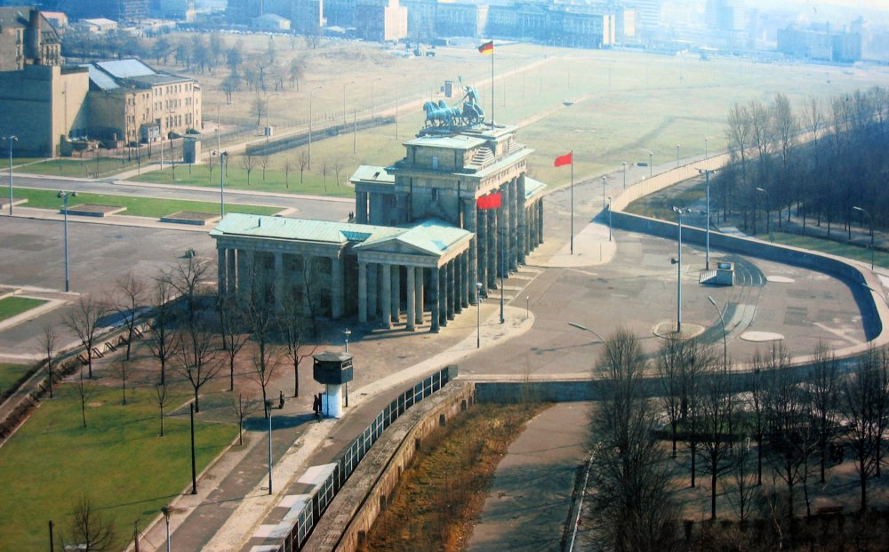 berlinmuren_brandenburger_tor.jpg