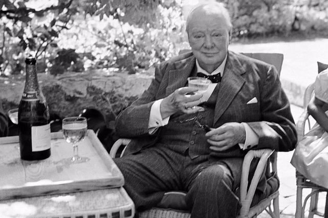 Премьер и его любимое шампанское. <br>